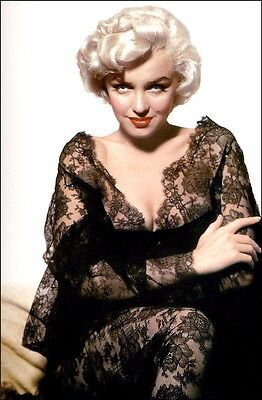 """Marilyn Monroe Classic Sexy Star Movie 20"""" x 13"""" Poster M017"""
