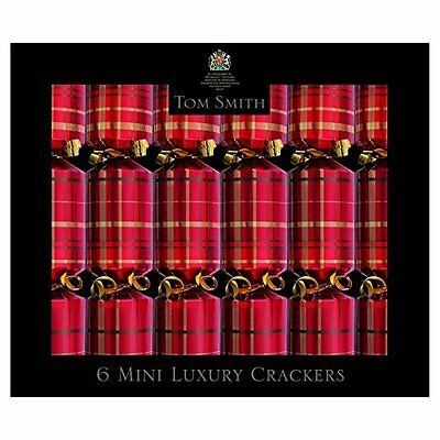 "Pack of 6 x 8"" Tom Smith Christmas Crackers - Tartan"