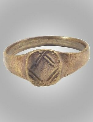 Medieval Mans's Pinky Ring Jewelry C.13th-15th Century  Size 7 3/4 (18.1mm)(BRR1