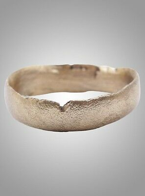 Ancient Viking  Wedding Band Jewelry C.866-1067A.D. Size 8 1/2   (18.5mm)(Brr978