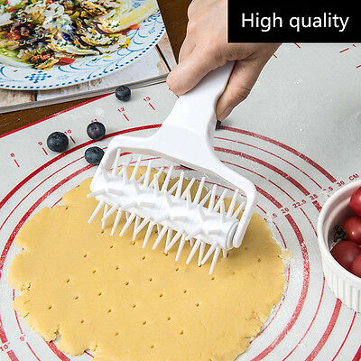 Cookie Cake Pizza Cooking Dough Roller/Hole Puncher/Needle Wheeled