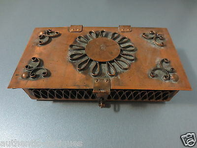 Gorgeous OLD VINTAGE HAND FORGED COPPER MASSIVE JEWELLERY BOX - RARE -EXCELLENT!