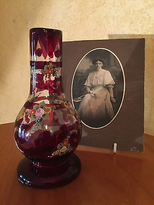 ANTIQUE VICTORIAN RUBY RED HAND PAINTED ENAMELLED GLASS VASE Beautiful!