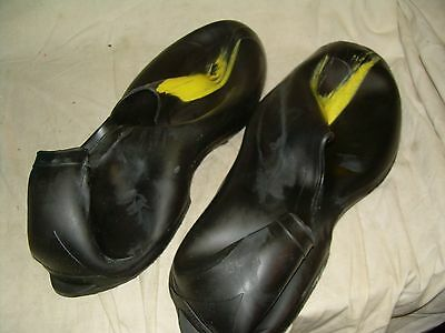 TINGLEY OVERSHOE RUBBERS  1302 XL  YELLOW TOE  SIZE 11 to 12 1/2  NEW IN BOX