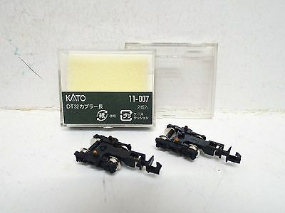 N Gauge Kato 11-007 Pair Of Dt32 Shorty Bogies Powered Chassis New Boxed (N205)
