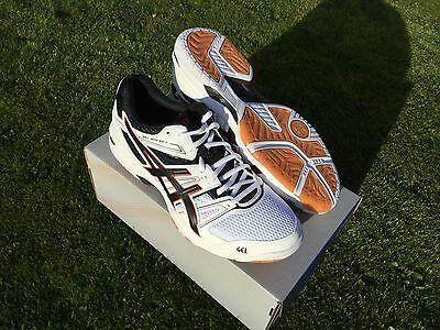 ASICS GEL ROCKET  SQUASH SHOES . size  8.5 UK