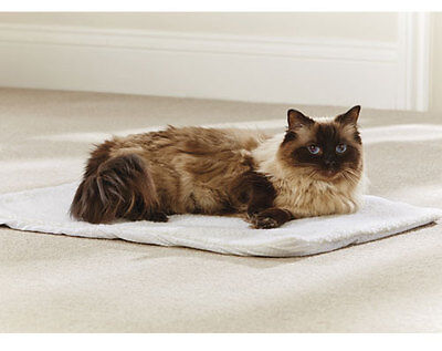Self heating pet bed, Suitable for dogs & cats, Brand new.