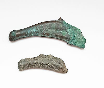 Z39: Lot of 2 : bronze Dolphin money, Sarmatia, ca. 6th c. BC, Ancient Greece