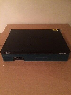 Cisco 2911/K9 V02 Integrated Services Router