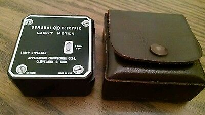 General Electric  Foot Candles Vintage Light Meter Made in the USA
