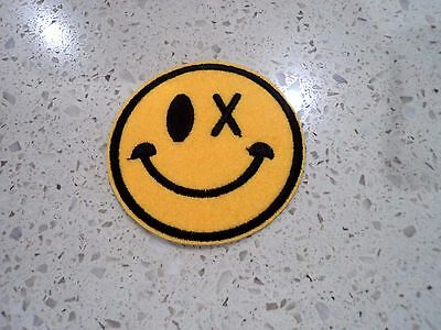 New Funny Drunk Smiley Round Embroidered Cloth Patch Applique Badge Iron Sew On