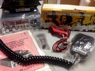 GE (3-5812) Compact 40 Channel Mobile Two-Way Radio CB Transceiver w/ Manual NOS