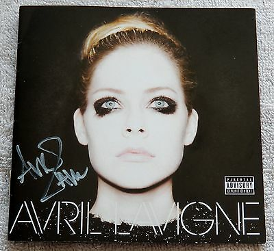 Avril Lavigne Signed Self Titled CD Booklet Auto