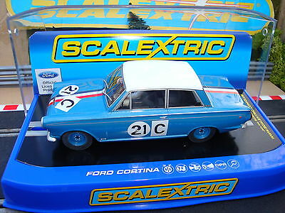C3670 BRAND NEW BOXED FORD CORTINA CAR GT 1964 No21 - DPR - WORKING LIGHTS..