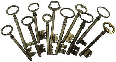 Antique / Vintage Keys Collection of 11