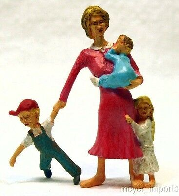 Railfolks! Mom and Kids - Flo!  - G Scale - Best Seller! ~Highly Detailed~