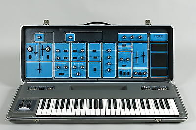 Moog Sonic Six Mk1 vintage analog synthesizer + manuals (serviced)