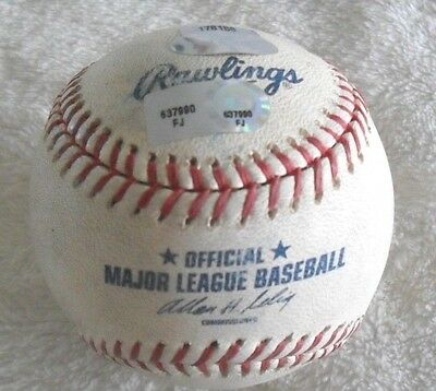 **MATCH USED** PHILLIES Vs CUBS OFFICIAL MLB BASEBALL WRIGLEY FIELD 2011 STEINER