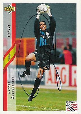 An Upper Deck World Cup USA 1994 card signed by Andoni Zubizarreta of Spain.