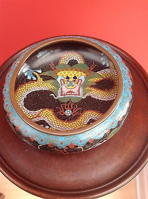 chinese cloisonne dragon Medium bowl beautiful condition 19th century. Antique