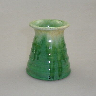 Remued Later Series Small Ribbed Conical Ink Well Vase