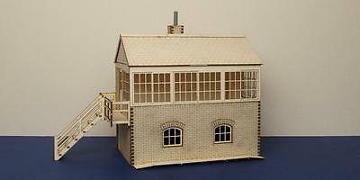 O gauge (7 mm) Medium signal box  - LCC B 70-07L
