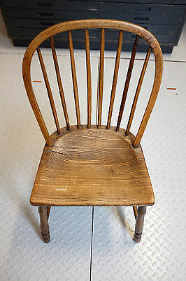 Stunning Antique Victorian Chair in Solid Elm