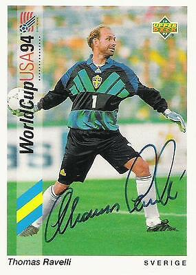 An Upper Deck World Cup USA 1994 card signed by Thomas Ravelli of Sweden.