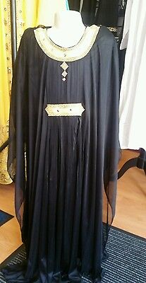 Reduced!!! Kids Islamic Dubai Farasha Abaya in black, sizes 24, 26,28,30,32