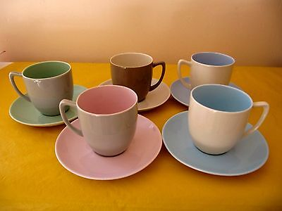 set of 5x VINTAGE BRANKSOME TWINTONE CUPS&SAUCERS , glaze flaw on one cup