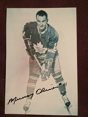 Murray Oliver Maple Leafs Autographed Signed Photo (D. 2014)
