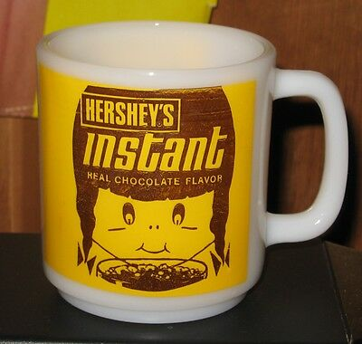 Rare vintage HERSHEY's Chocolate Instant Milk Glass Advertising Cocoa Mug Cup