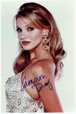 CAMERON DIAZ - Signed colour photo from The Mask.