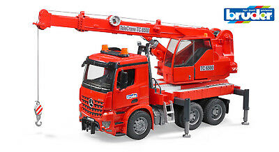 Bruder 03670 MB Arocs Kran-LKW mit Light and Sound Modul  1:16