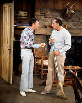 The Odd Couple Tony Randall Jack Klugman cleaning up house 8x10 Photo