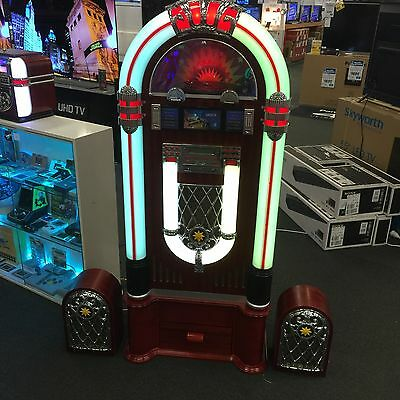 NEW 1015 Reproduction JUKEBOX, CD, AM/FM radio, USB, SD Card, Blutooth & Vinyl