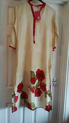 Bnwt  Ladies  Sheree Woman's   Kurti