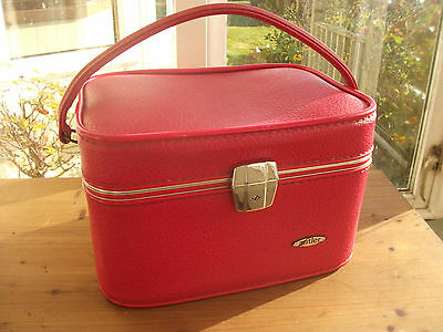 Vintage Retro Antler RedLeatherette Small Suitcase/Overnight/weekend Bag Case