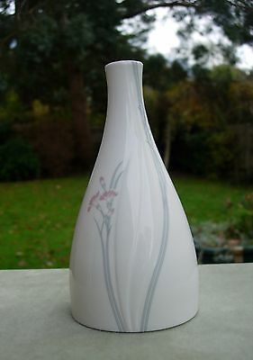 1982 Royal Doulton Willow Wind Vase - Impressions by Gerald Gulotta