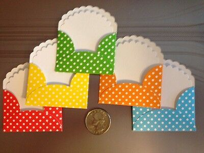 5 Happy, Cheery Polka Dot Note Cards And Envelopes.