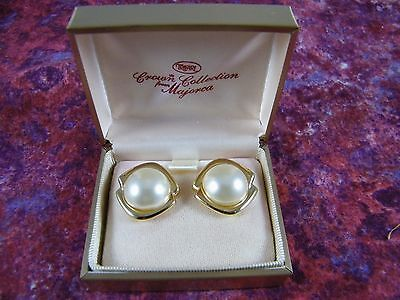 Vintage Trifari Crown Collection Faux Pearl / Gold Tone Clip Earrings