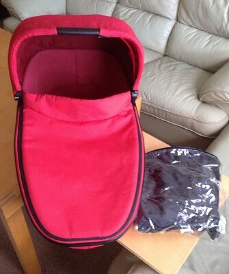Quinny Buzz / Mood Foldable Carrycot In Red