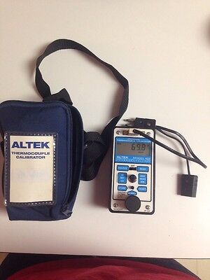 Altek 422 Thermocouple Calibrator Kit With Case And Test Leads