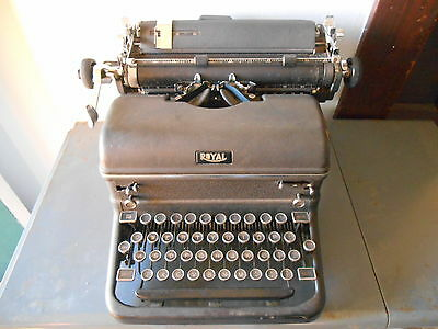 Antique 1930's-40's Royal Touch Control KMM3727889 Typewriter *Nice*