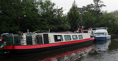 Classic Dutch Barge spacious liveaboard houseboat near London