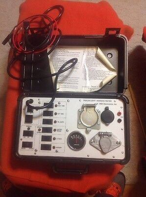 Draw Tite Heavy trailer light tester Harness Tested In Hard Black Case Works!