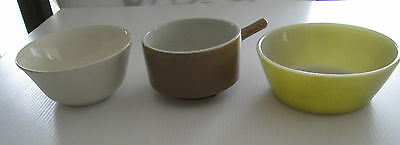 Vintage Bowls Fire king Wembley & England Kitchen Retro