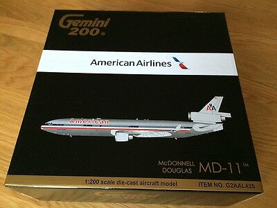 AMERICAN AIRLINES MD-11 Diecast LARGE Metal Gemini Jets 200 Model 1:200 G2AAL435