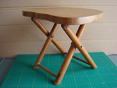 """Vintage Nevco Fold N Carry Solid Wood Stool 9""""H - Fishing - Camping - VGC"""