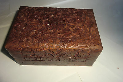 Carved flowers wood box -Tradition pattern from India  -All hand worked